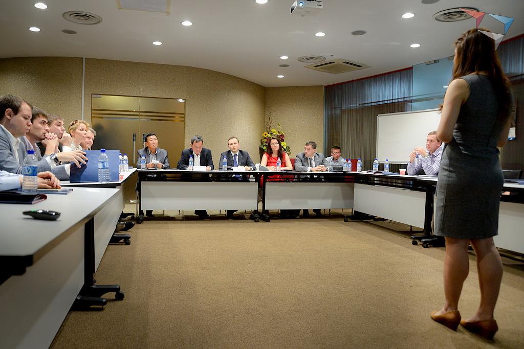 Визит делагиции Клуба лидеров в Сингапур